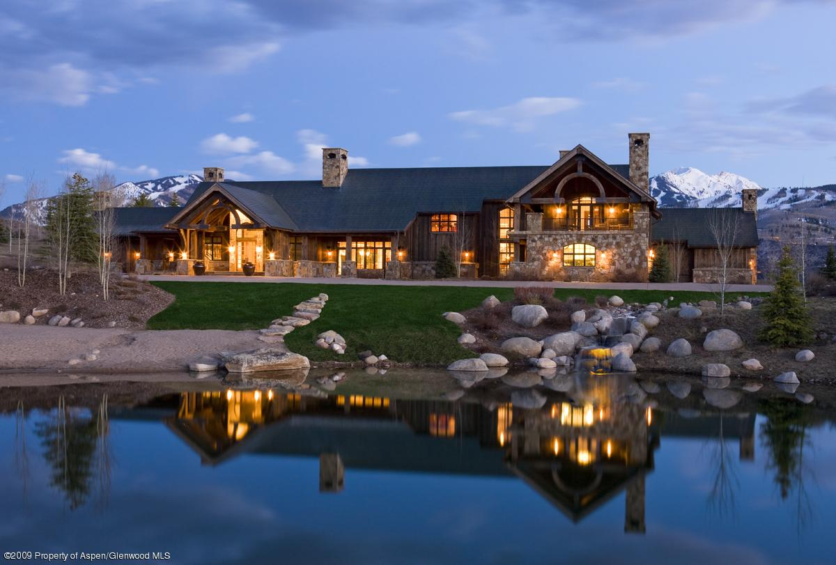 luxury-log-home